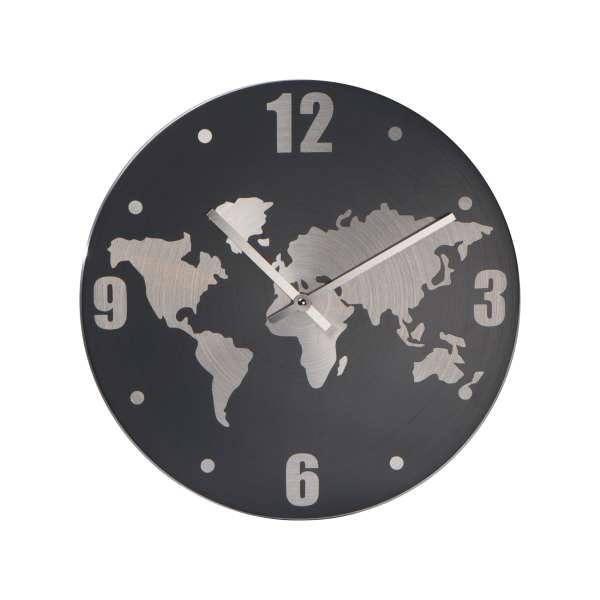 Wanduhr aus Aluminium mit Weltkarte in Hintergrund